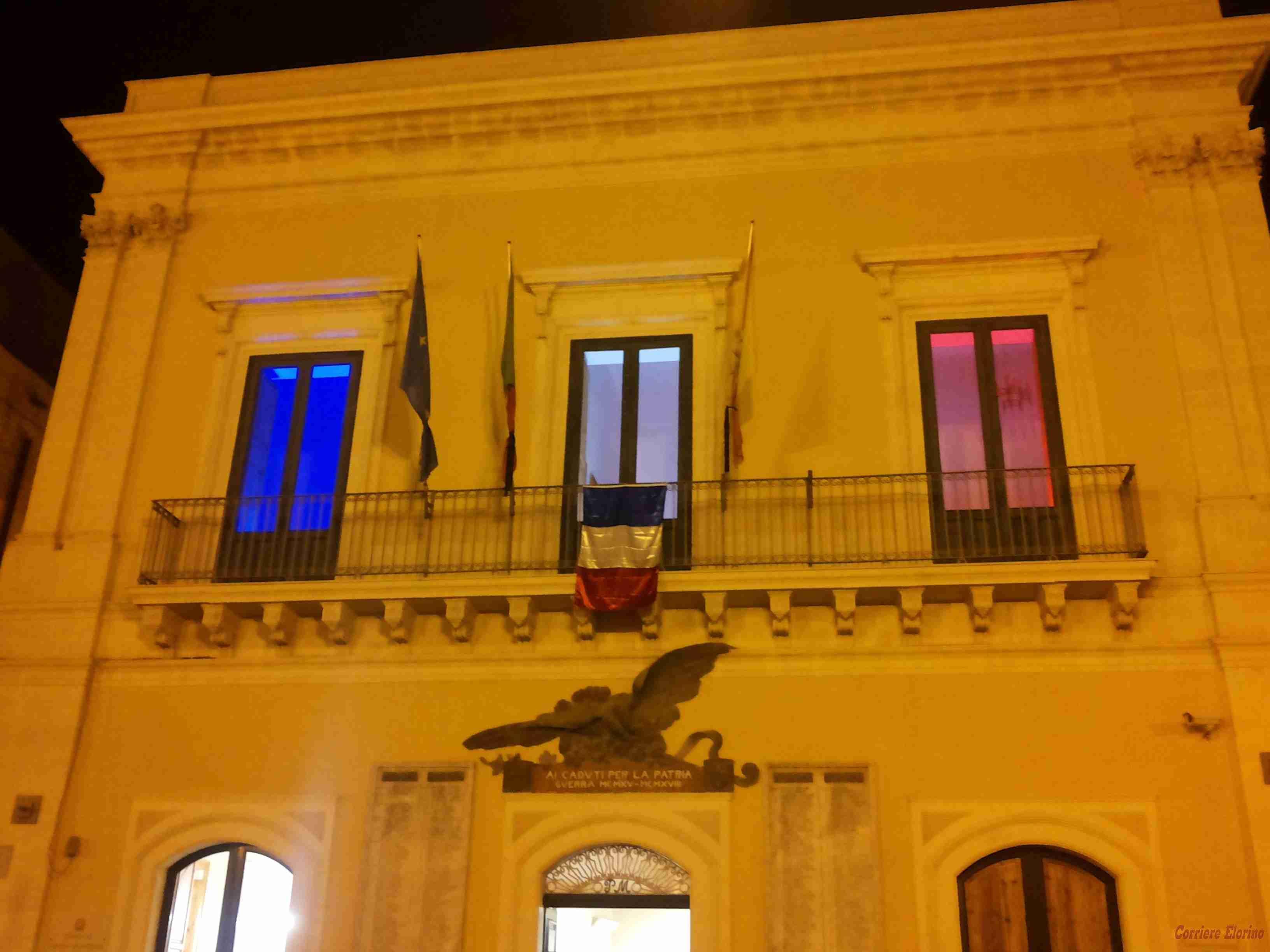 Rosolini: lutto cittadino contro gli attacchi terroristici della Francia