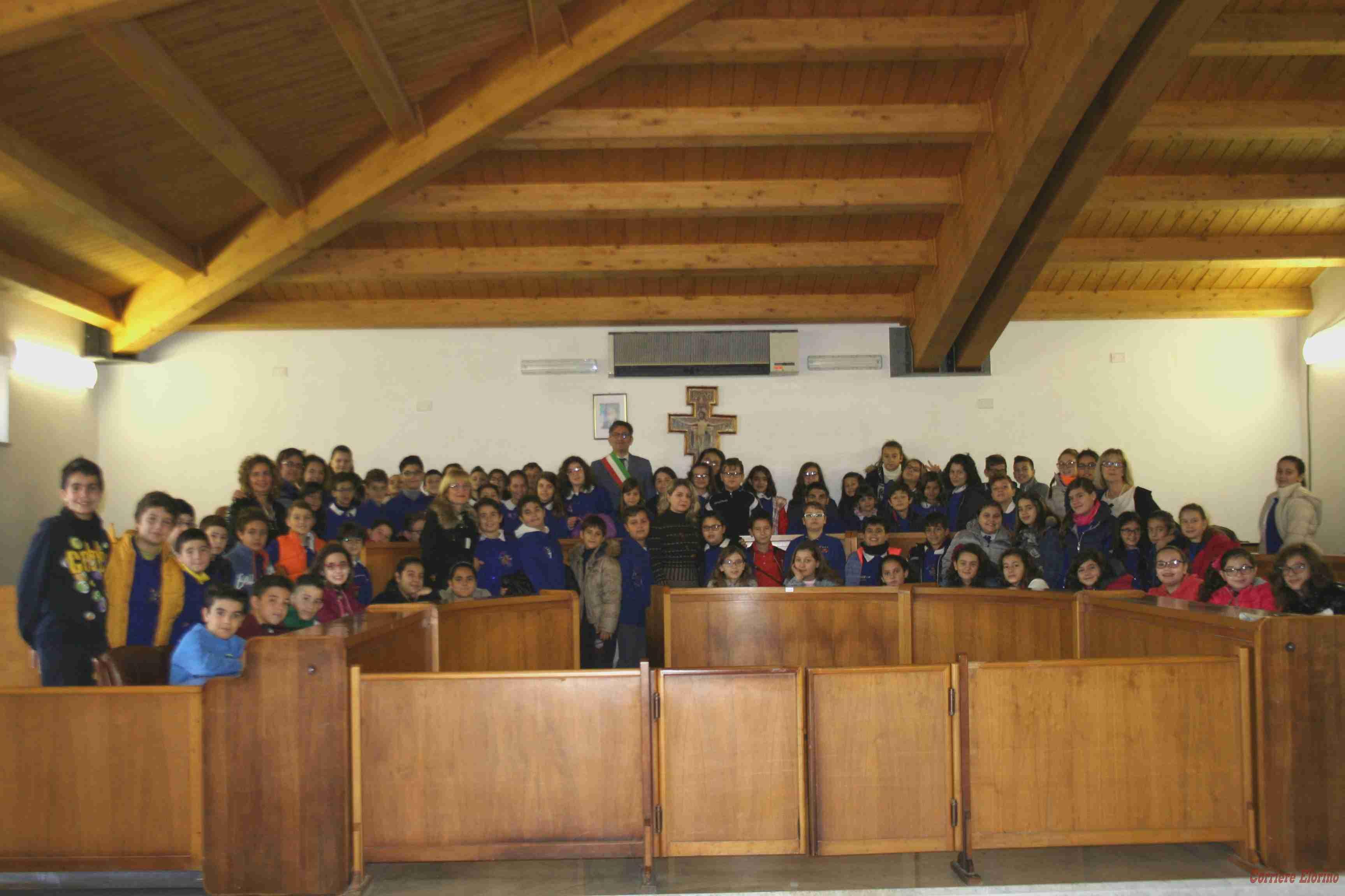 """Gli studenti del """"La Pira"""" in visita didattica al Comune"""