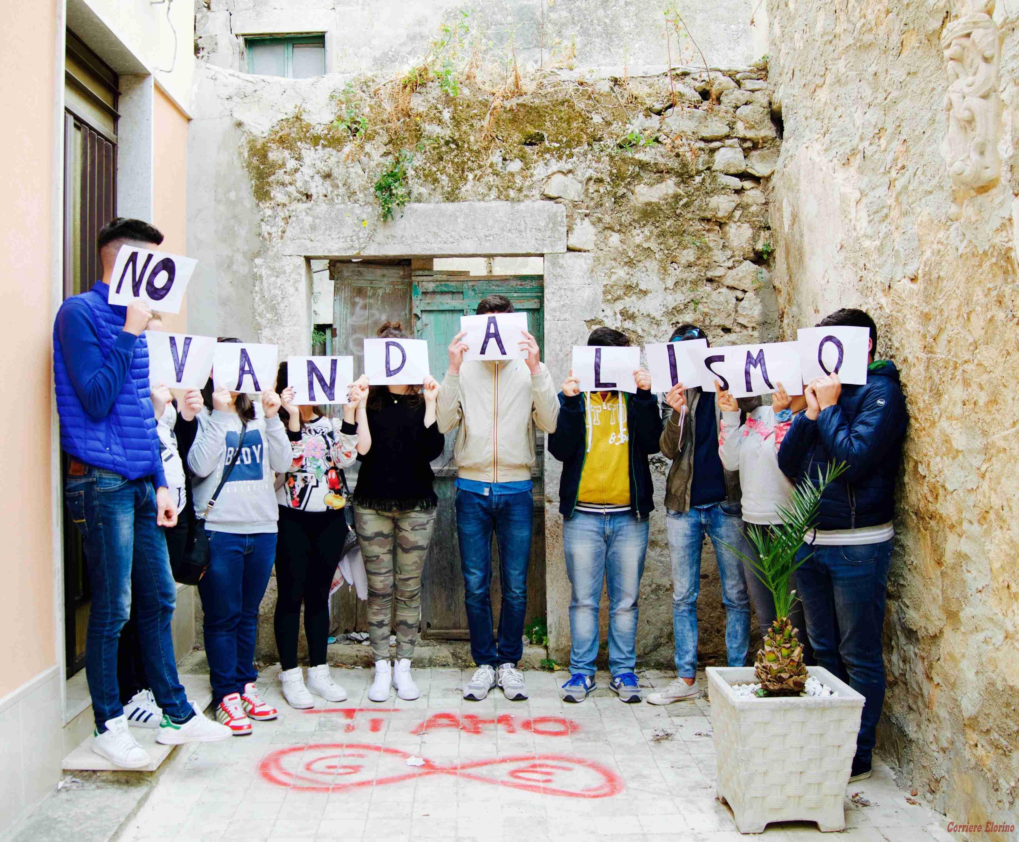 """""""No al vandalismo, sì alla valorizzazione"""". Parte l'hashtag #luoghidavivere"""