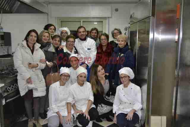 All'Archimede la cooking class promossa dalla Fidapa per riscoprire le tradizioni culinarie del Natale rosolinese