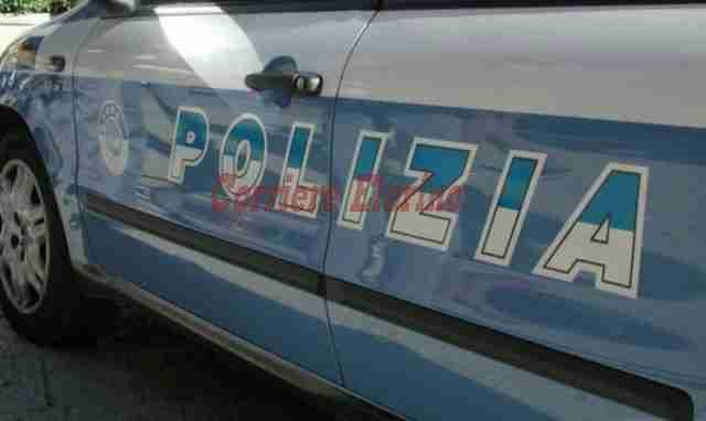 Abusivismo edilizio: La Polizia denuncia un rosolinese