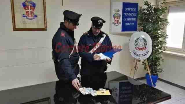 Deteneva droga in casa, arrestato dai Carabinieri