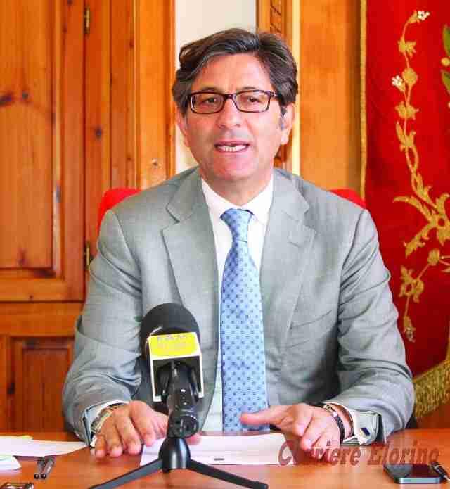 """Il sindaco Calvo: """"Io non ho negato nulla, sono stati presi in giro dal M5S"""""""