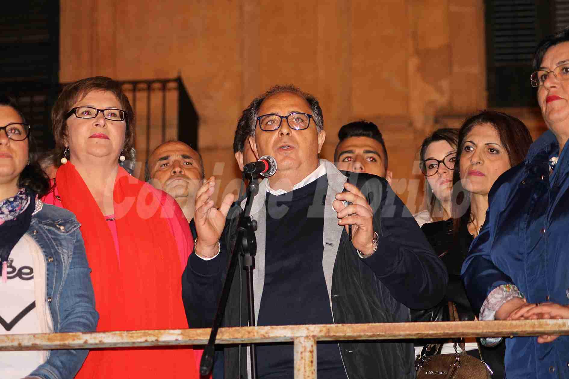 """Crisi politica, parla Gennaro: """"Basta tirare a campare. L'1 marzo è il giorno della responsabilità"""""""