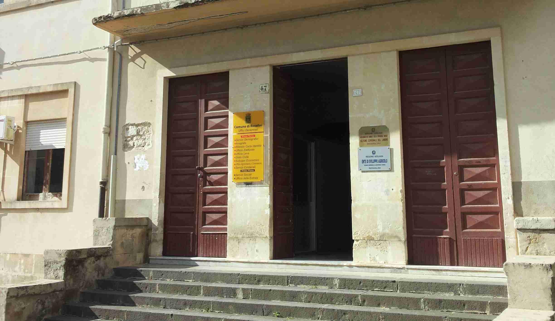 L'ufficio Pubblica Istruzione si trasferisce da via Manzoni alla sede comunale di via Tobruk