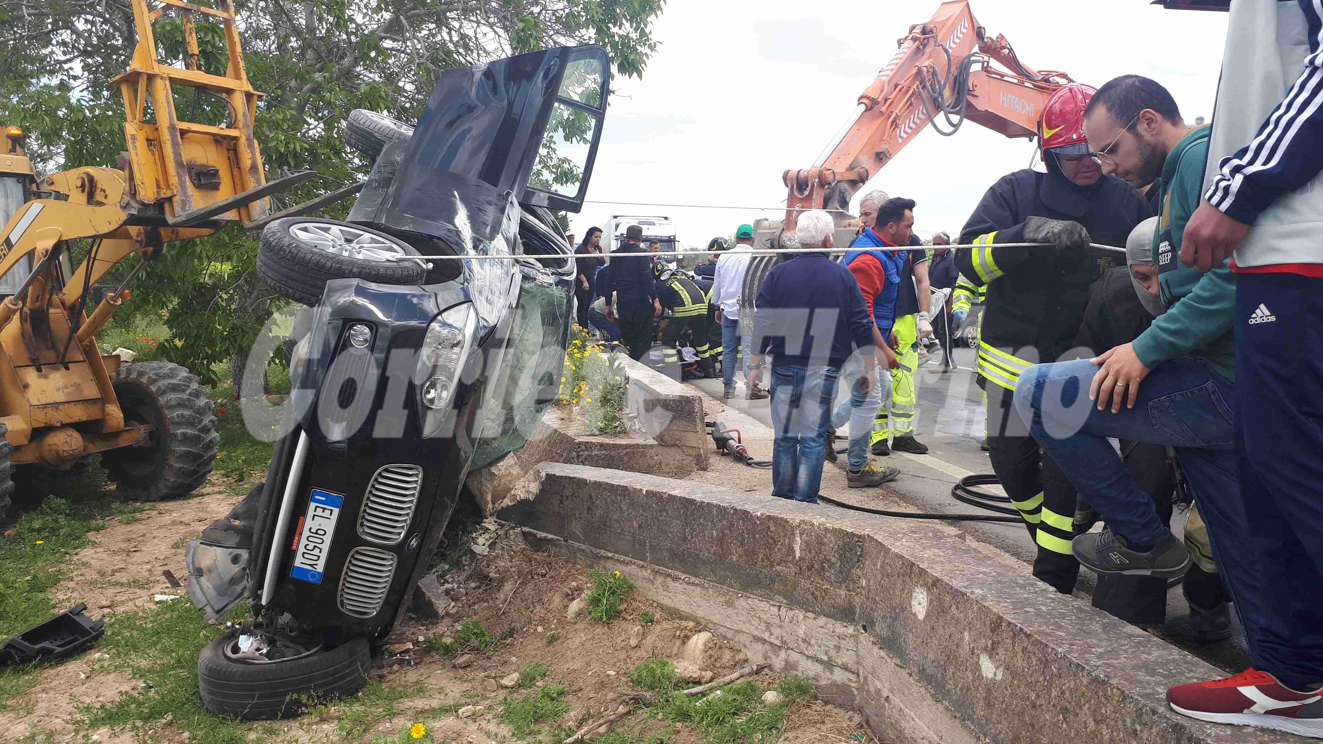 Brutto incidente tra Rosolini e Noto, giovane trasportato con l'elisoccorso a Catania