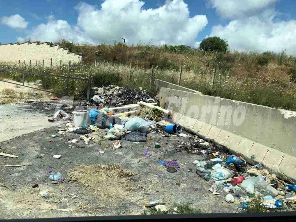 Contrada Coda Lupo sprofonda sotto i rifiuti: l'inciviltà continua a regnare sovrana