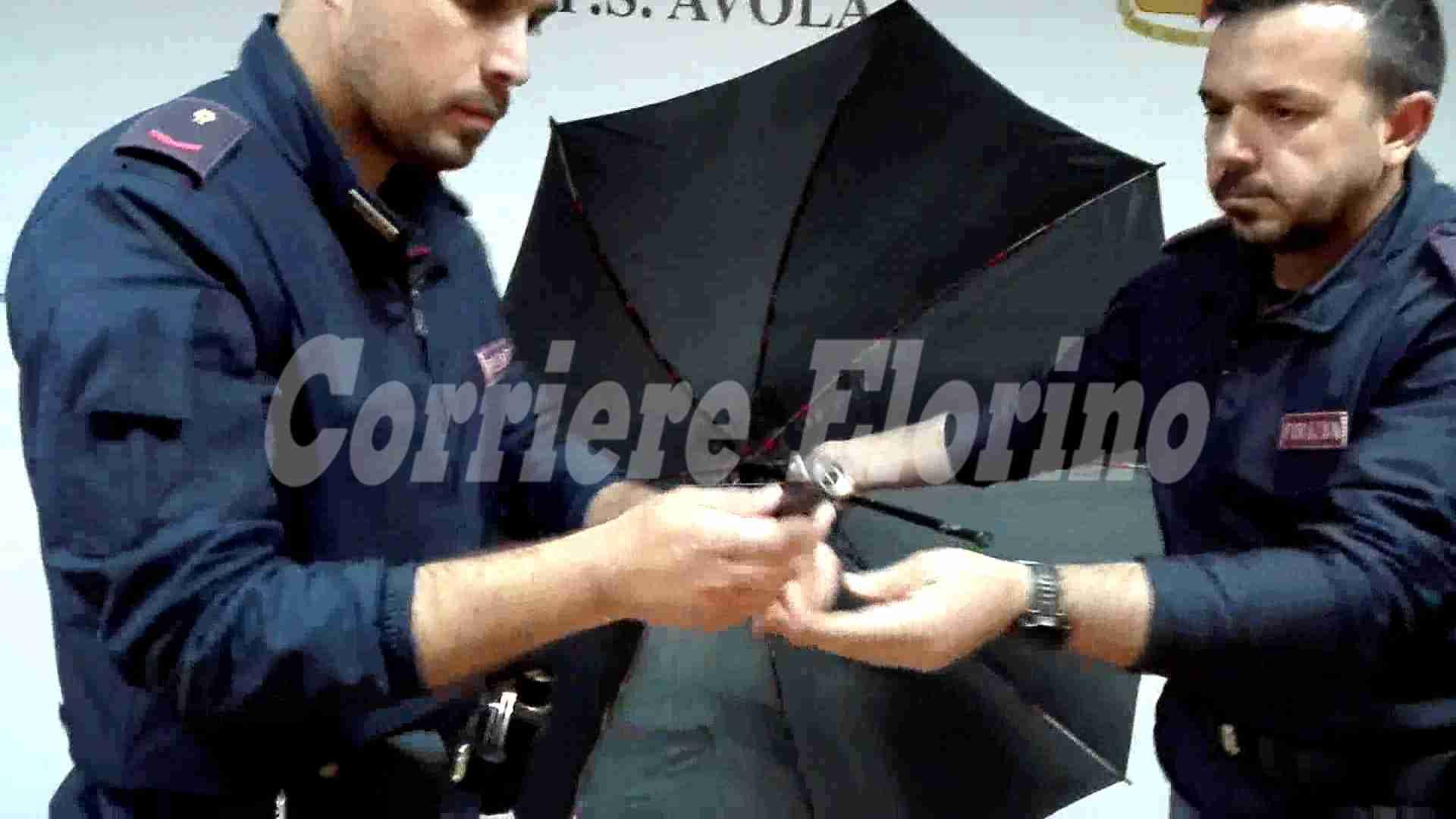 Avola, fabbricava armi clandestine tra cui un ombrello-fucile. Arrestato dalla Polizia