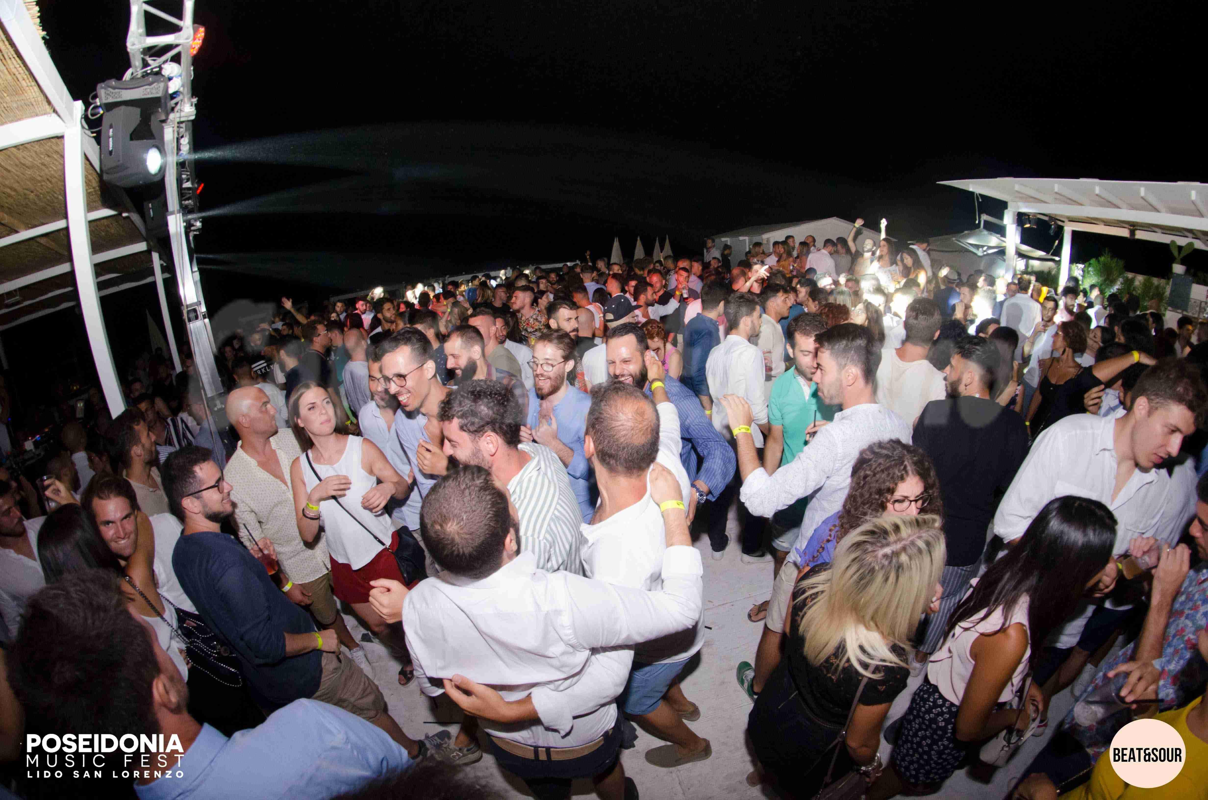 A Ferragosto si balla sotto il cielo di San Lorenzo: continua il Poseidonia Music Fest