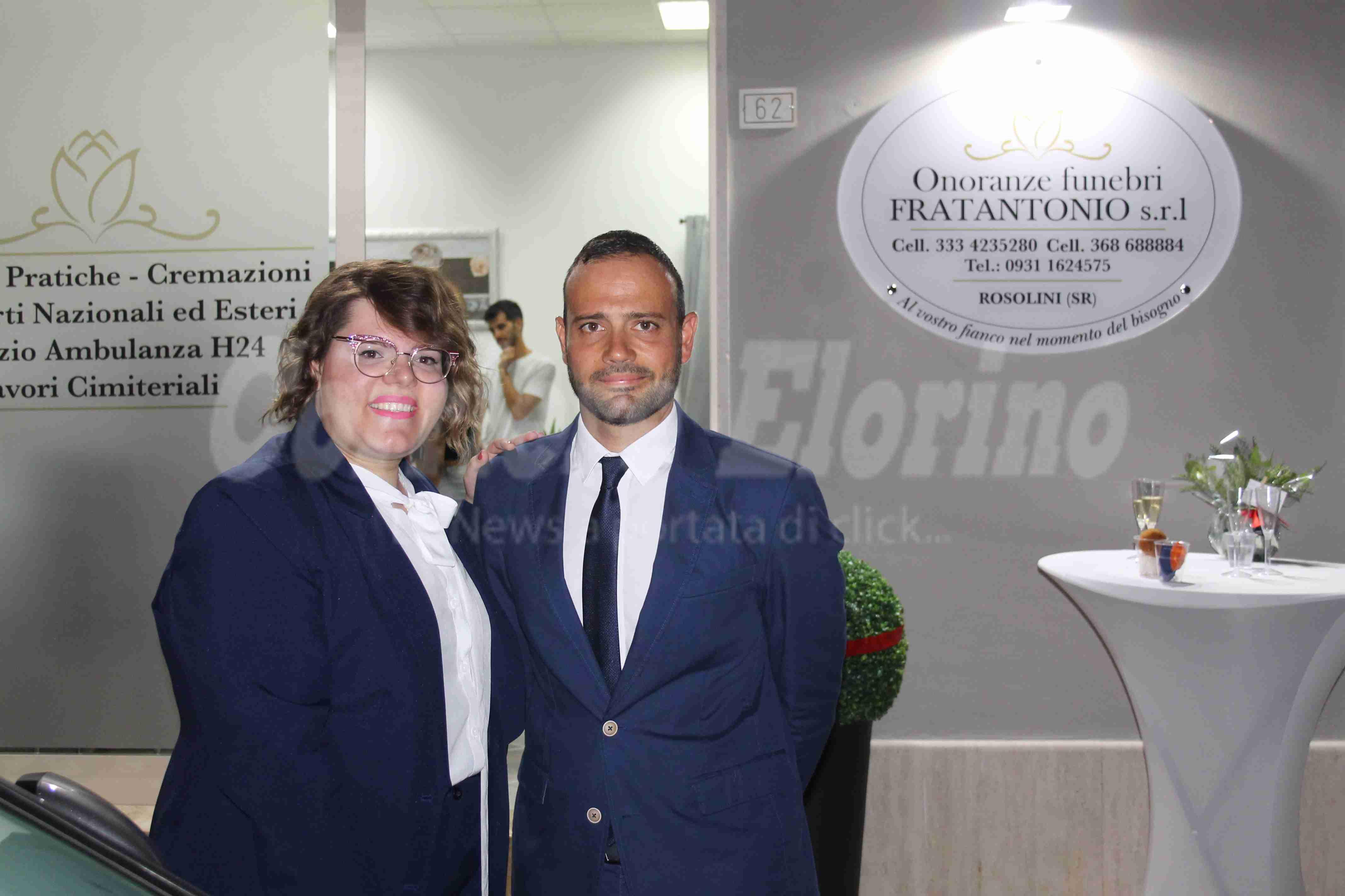 """In via Giulia apre l'agenzia di onoranze funebri """"Fratantonio"""", ad aprirla due giovani fratelli"""