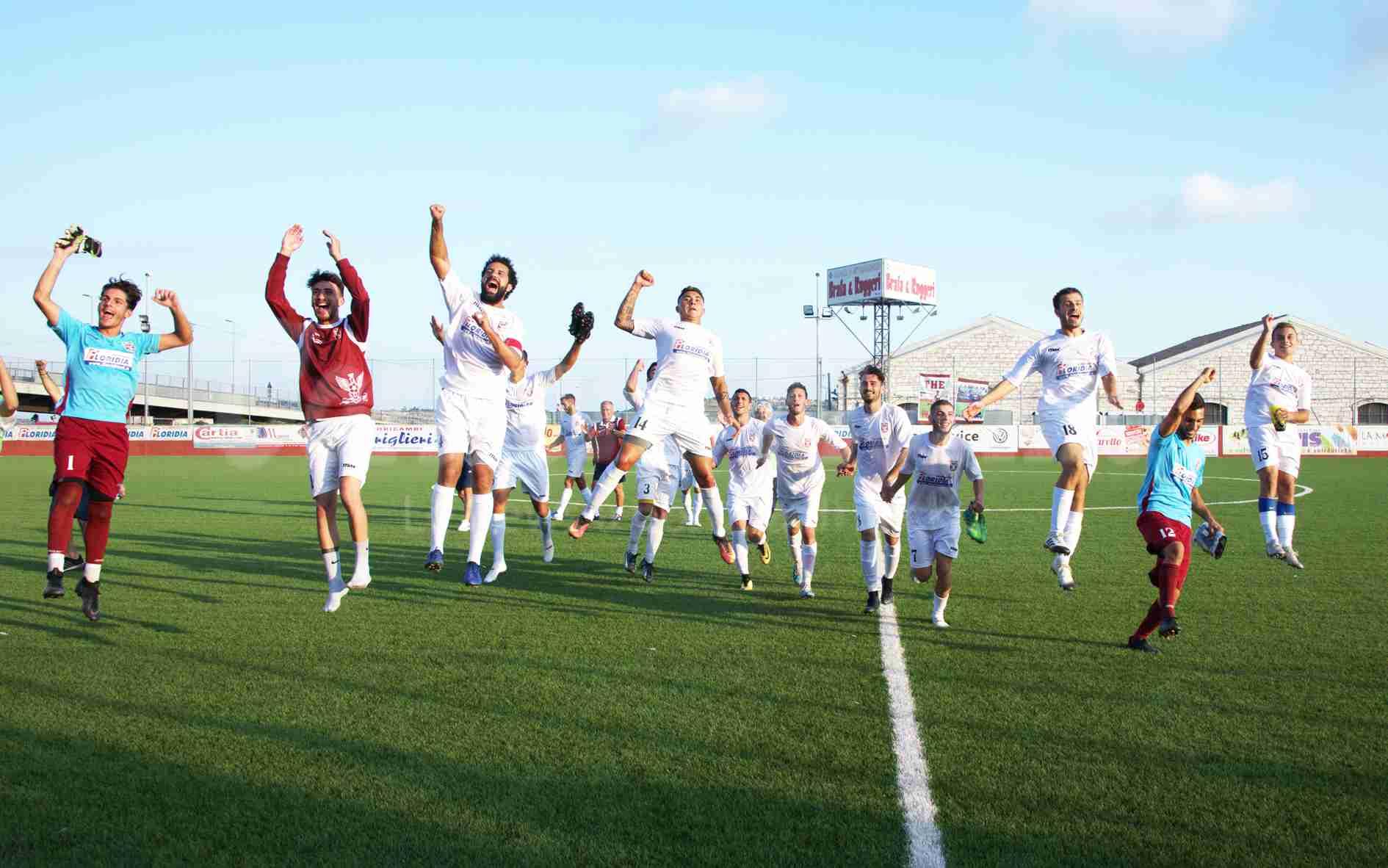 Quinta vittoria di fila dei granata, Ricca e Agudiak firmano il 2 a 0 sul Real Siracusa