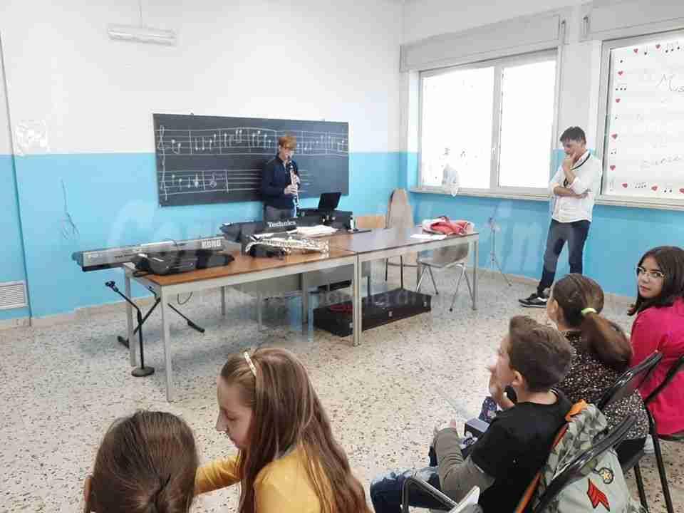 """L'Istituto Comprensivo """"S.Alessandra"""" a tutta musica!"""
