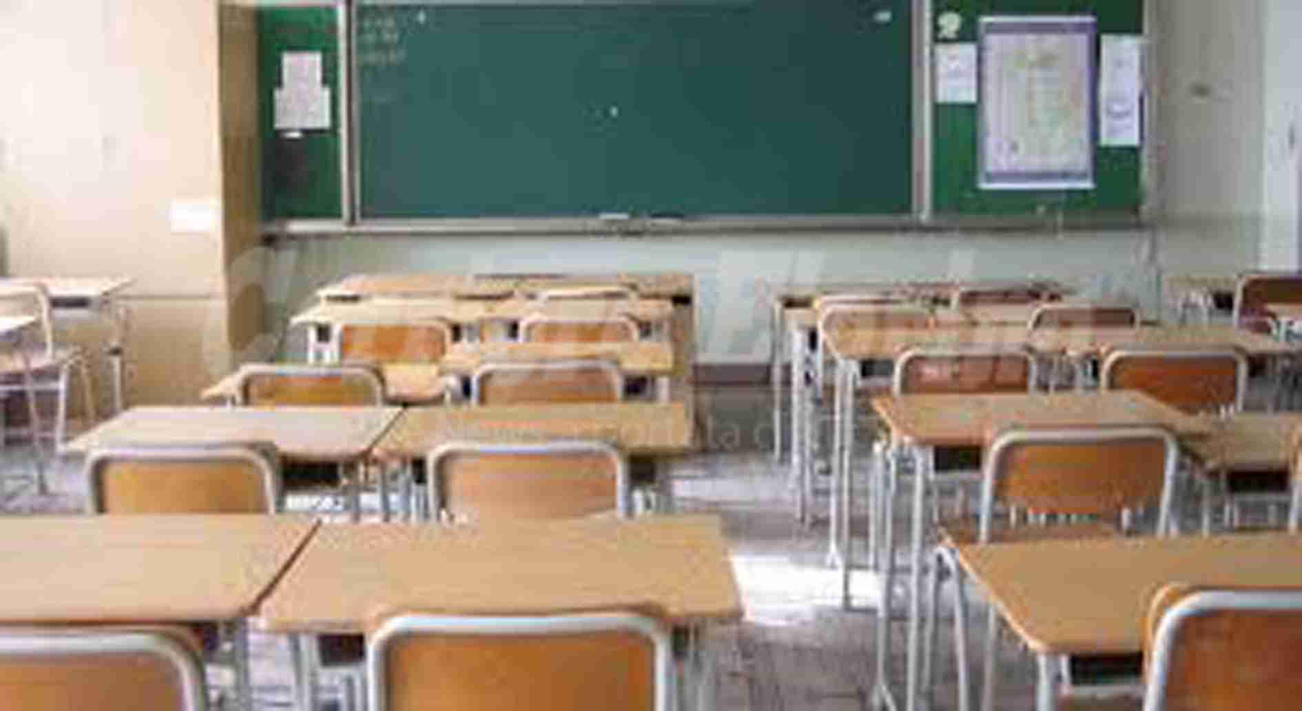 Coronavirus – Si torna a scuola solo se ci sono le condizioni. Maturità con commissari interni