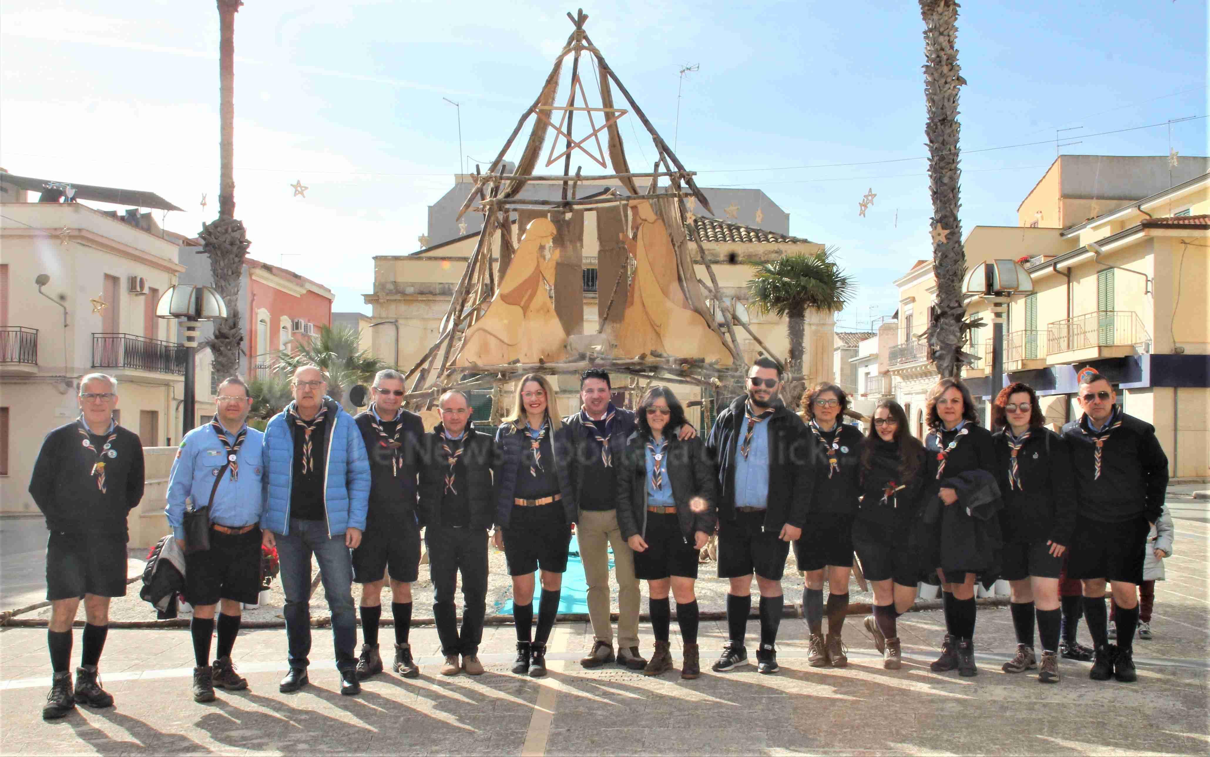 Piazza Crocifisso: il Presepe del gruppo scout Rosolini 1 incanta tutti