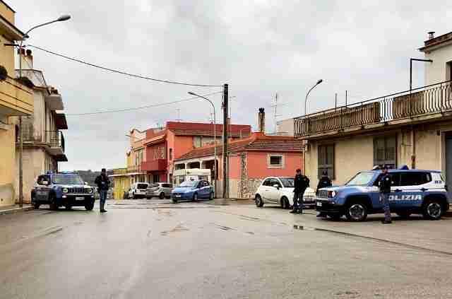 """Rosolini, denunciato allevatore per """"pascolo abusivo e violenza privata"""""""