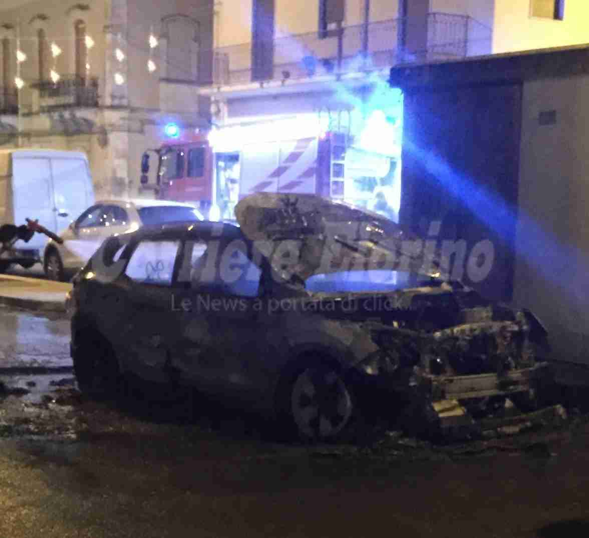 Bruciata l'auto al presidente del Consiglio Comunale Piergiorgio Gerratana