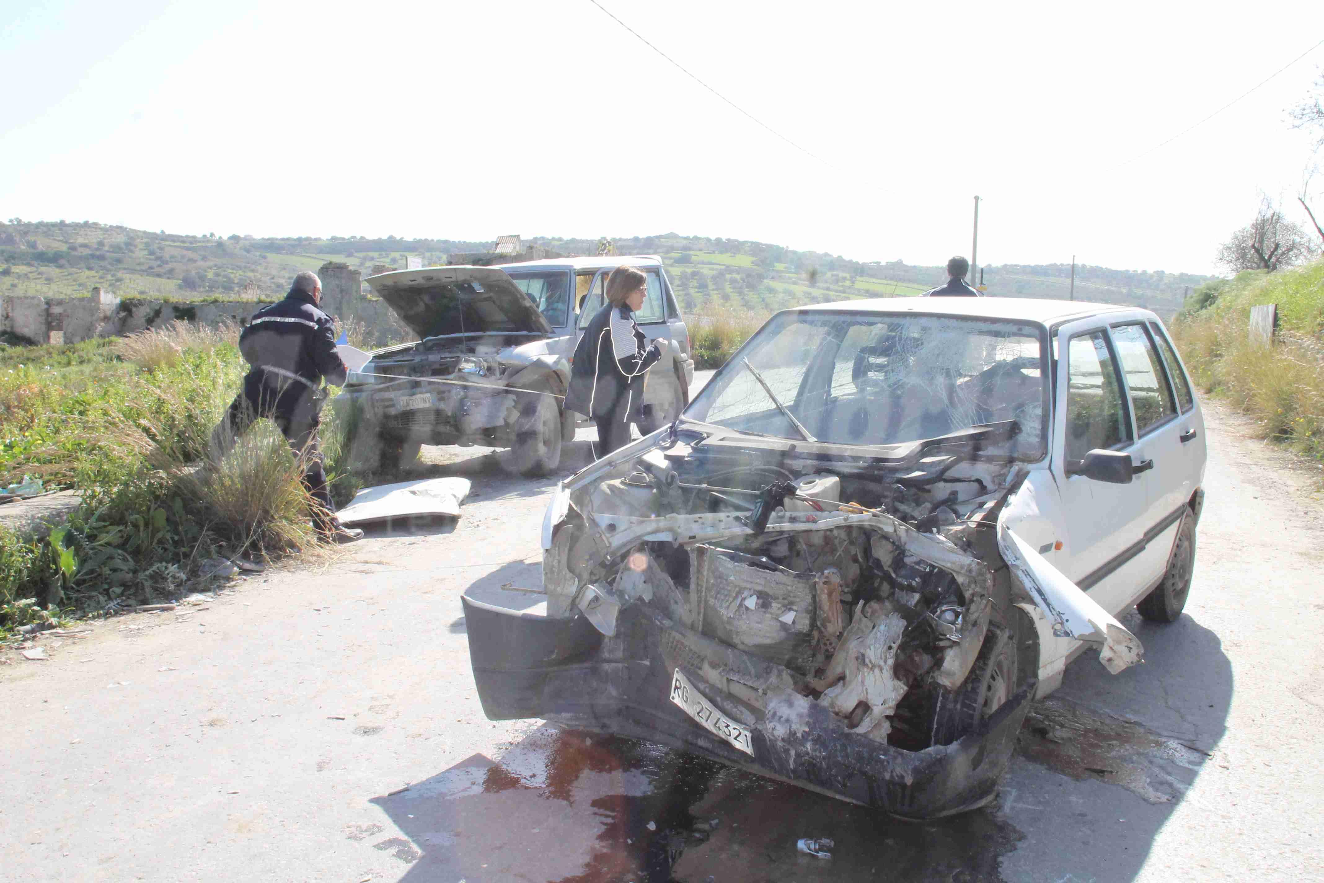 Scontro frontale tra due auto, muore un anziano rosolinese