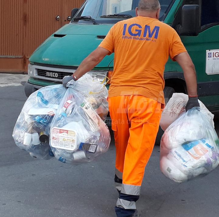 """Sequestrata la """"Igm"""" di Siracusa, gestisce l'appalto dei rifiuti anche a Rosolini"""