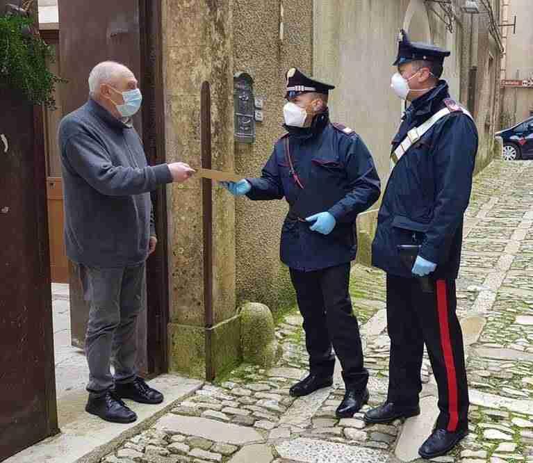 Coronavirus – Carabinieri e Poste italiane insieme per consegnare la pensione agli anziani