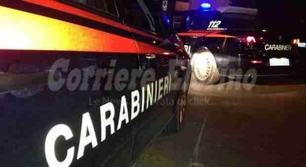 Donna rosolinese accoltella il marito al culmine di una lite: intervengono i Carabinieri