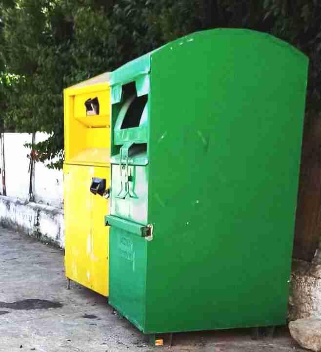 Il 6 e il 20 ottobre il ritiro indumenti usati nella postazione fissa di Via Aldo Moro