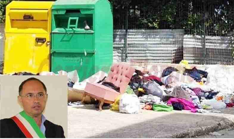 Finalmente gli sporcaccioni potranno essere sanzionati: il Sindaco ordina il divieto di abbandono rifiuti
