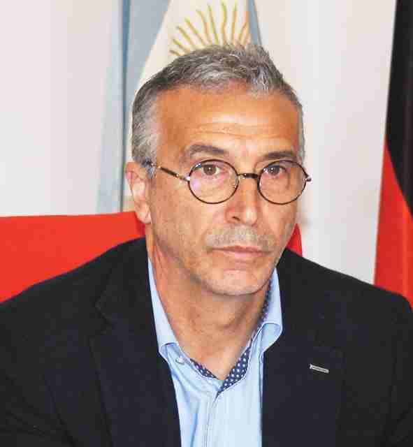"""""""Situazione insostenibile"""", si dimette il Capo Settore Carmelo Vindigni. L'Amministrazione: """"Non può farlo"""""""