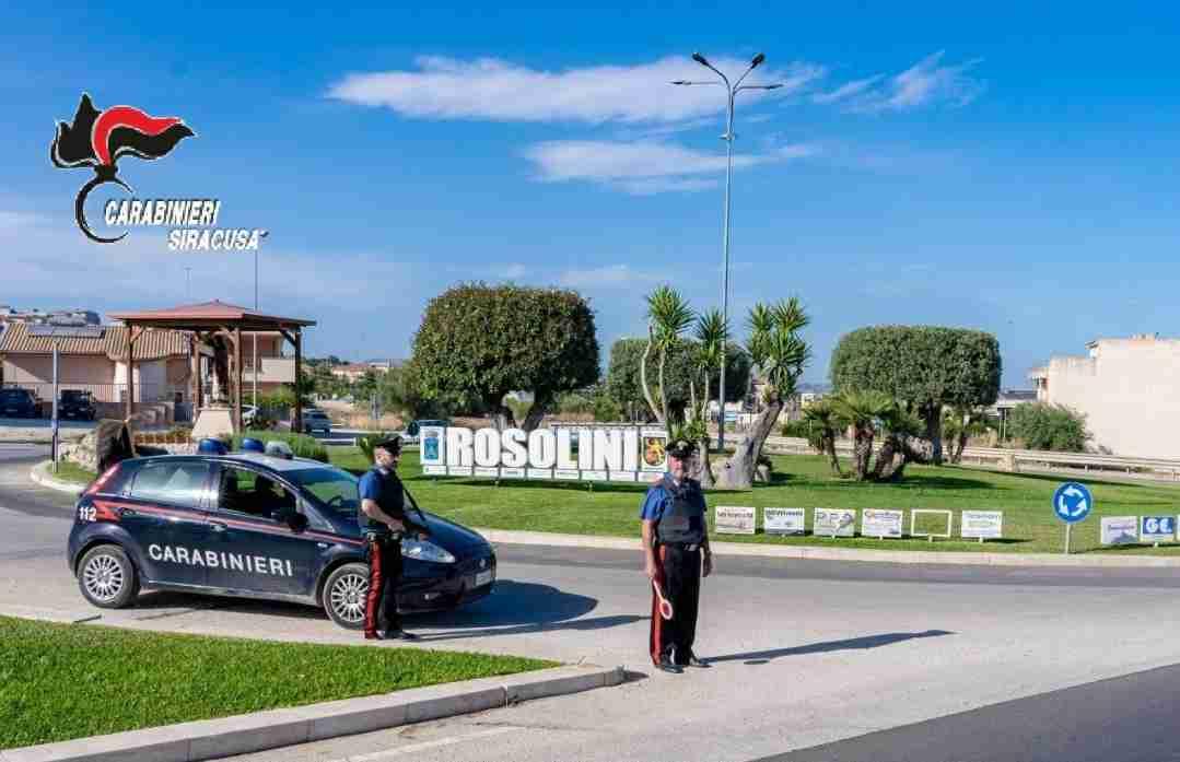 Da Castelvetrano a Rosolini per sfuggire ai Carabinieri, arrestata 22enne