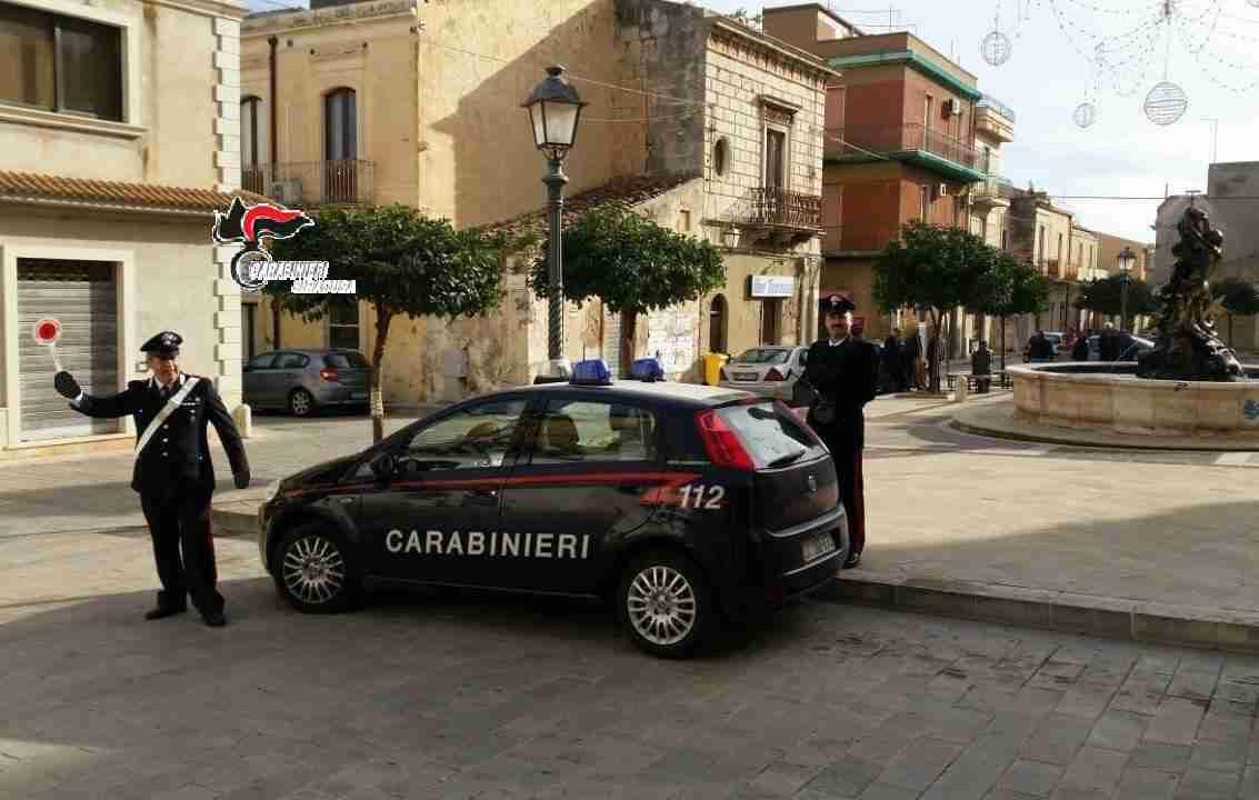 Rosolini, tragredisce gli obblighi dei domiciliari, arrestato un tunisino