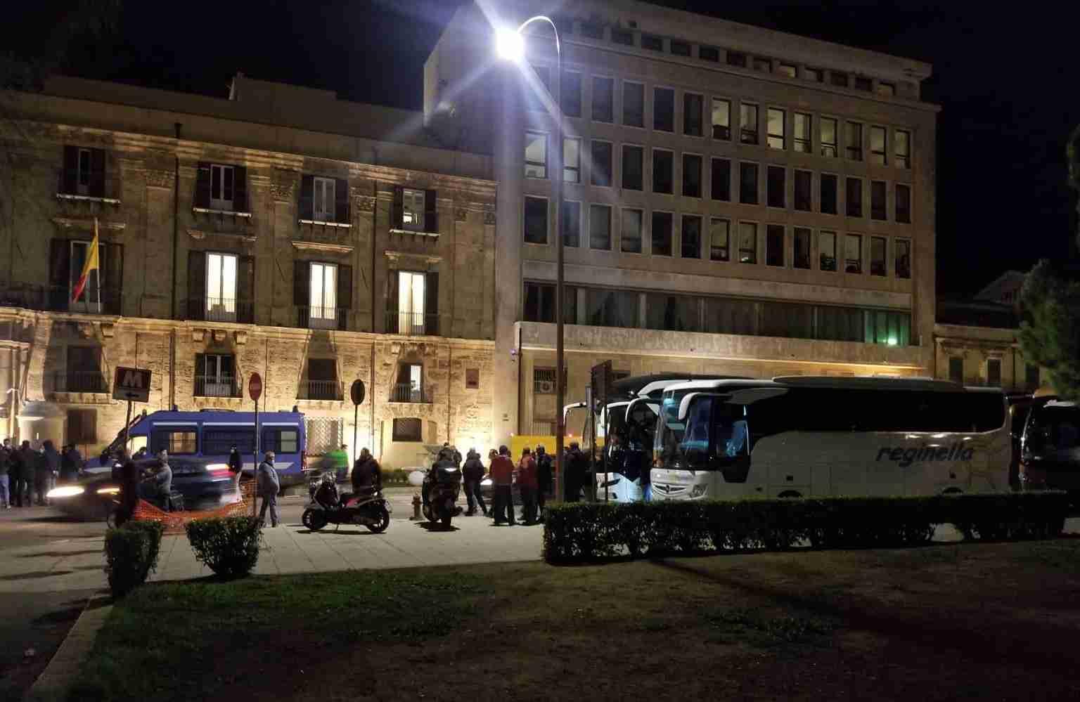 Protesta associazione bus turistici, il Governo Regionale accoglie le richieste