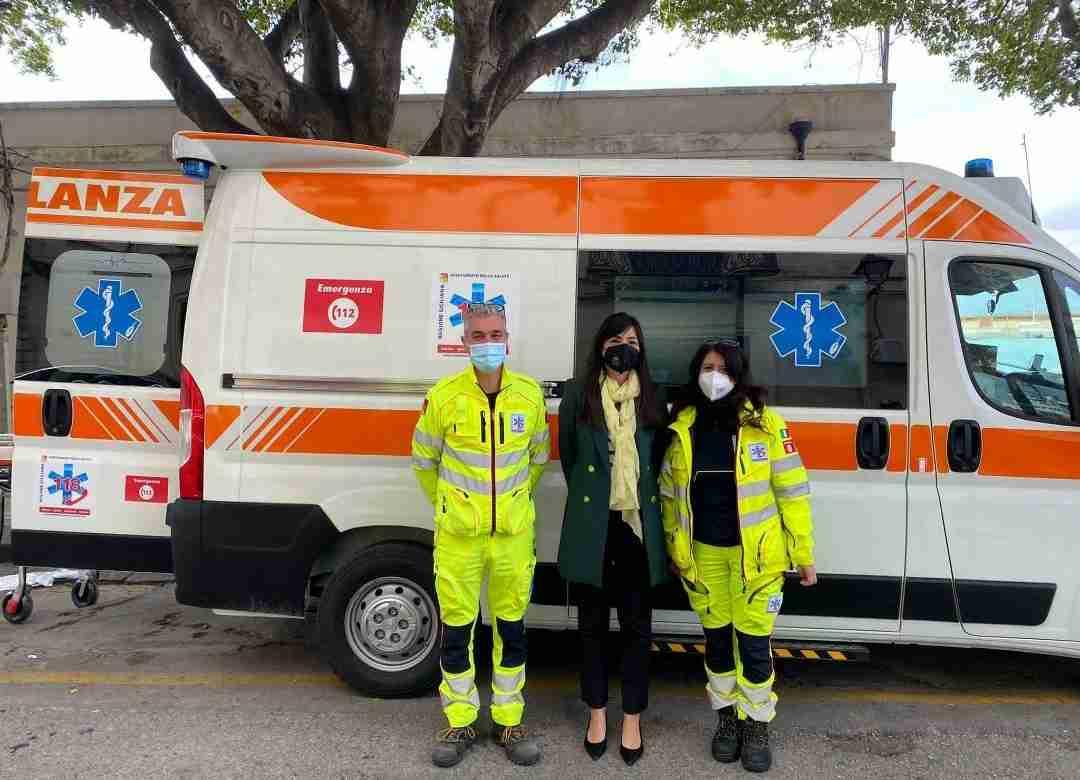 """Rossana Cannata: """"Consegnate 5 ambulanze medicalizzate per le postazioni di Siracusa 1, Ortigia, Palazzolo, Rosolini e Sortino"""""""