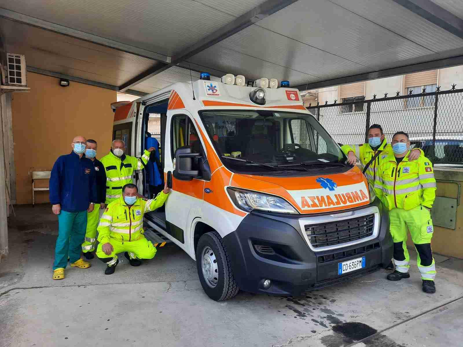 Al Pronto Soccorso di Rosolini arriva una nuova e moderna ambulanza